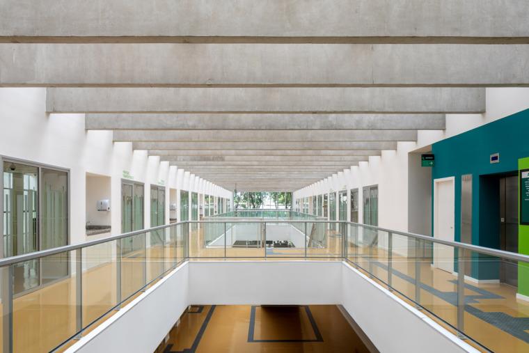 巴西安汉比莫隆比大学新建筑-11
