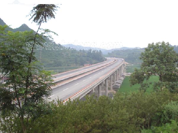 提高某大桥T梁外观质量QC成果