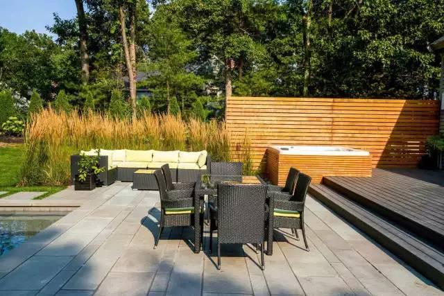 赶紧收藏!21个最美现代风格庭院设计案例_110