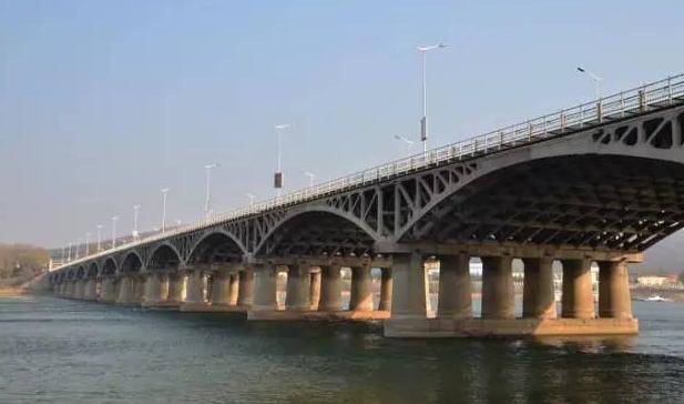 [案例]跨江大桥工程钢栈桥施工技术!!