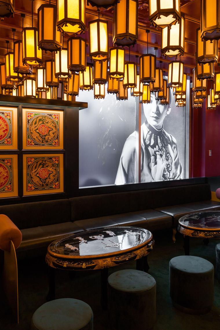 加拿大MissWong中餐厅-019-miss-wong-restaurant-by-menard-dworkind-architecture-design