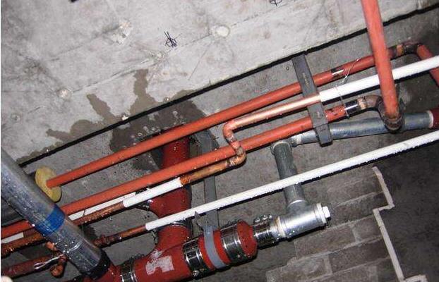 upvc管道基础资料下载-给排水管道安装