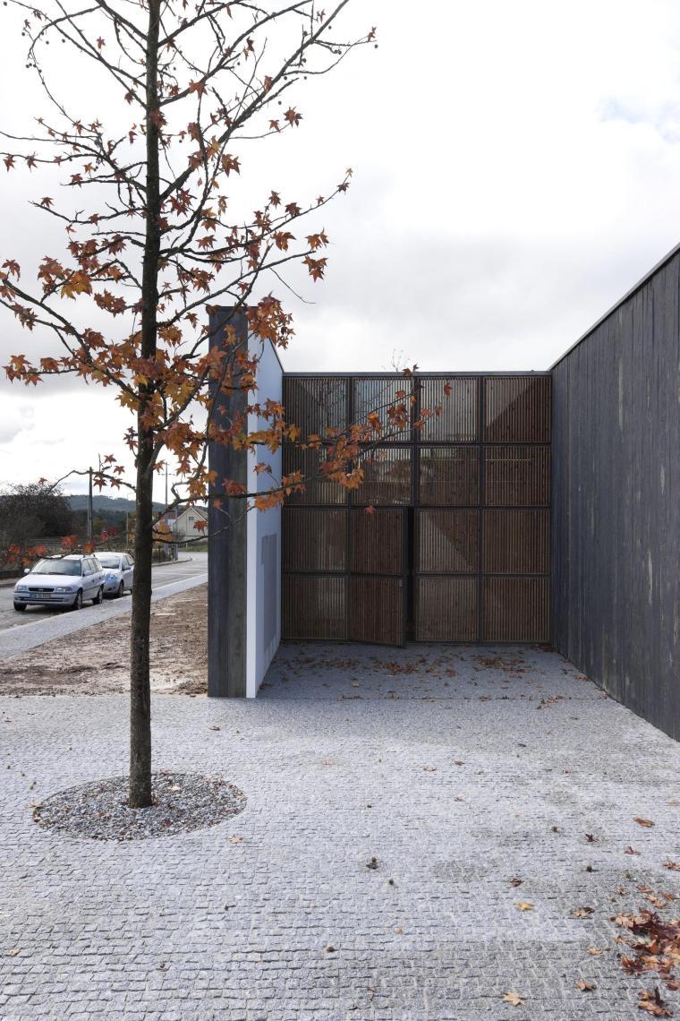 葡萄牙MiguelTorgaSpace文化中心_7