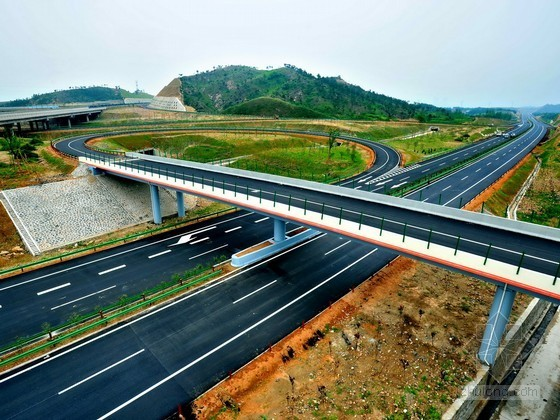 [广东]高速公路实施施工组织设计(含路桥隧)