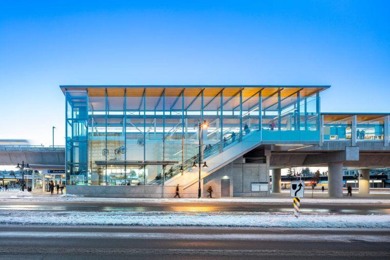 加拿大长青线车站