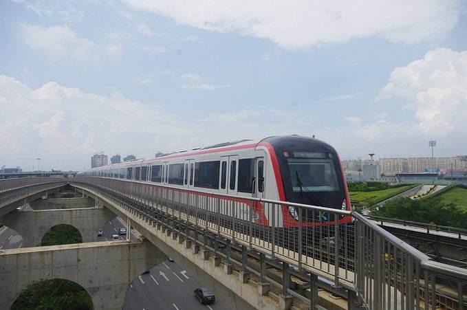 [北京]地铁明挖法施工安全风险管理培训(含图)