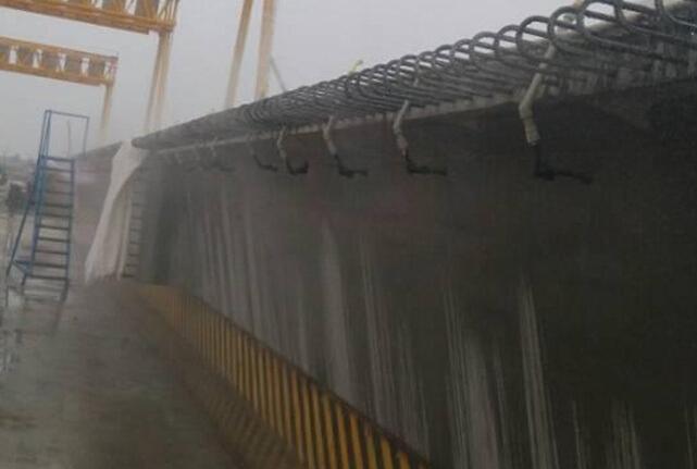 低山丘陵区13km双向四车道高速公路工程实施性施工组织设计213页(路桥隧涵)-智能喷淋养护