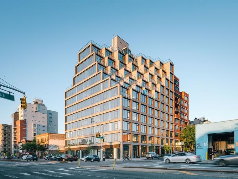 美国第一街251号公寓