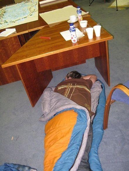 设计师没死,他一定是睡着了。。。_7