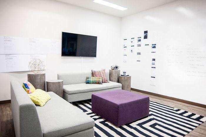 合肥办公室装修设计,赋予这个高挑的空间生命力和温暖感_4