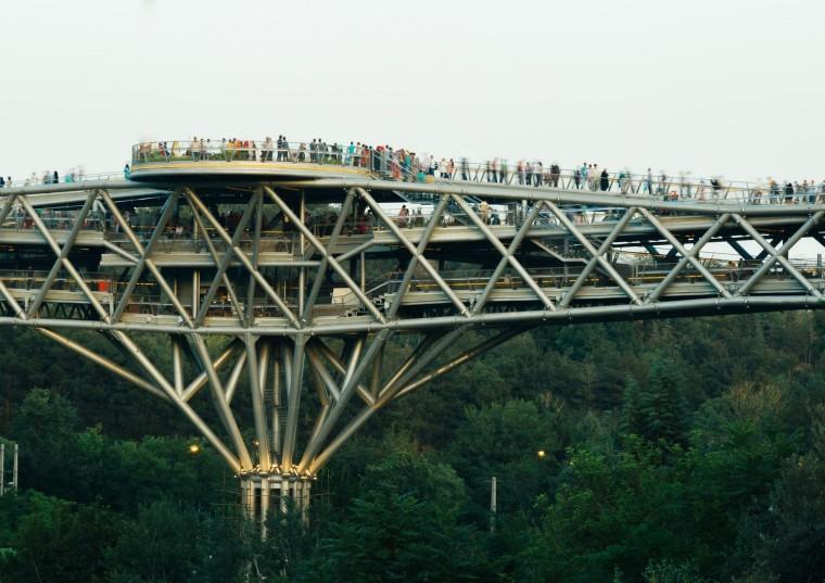 伊朗塔比阿特步行桥-3