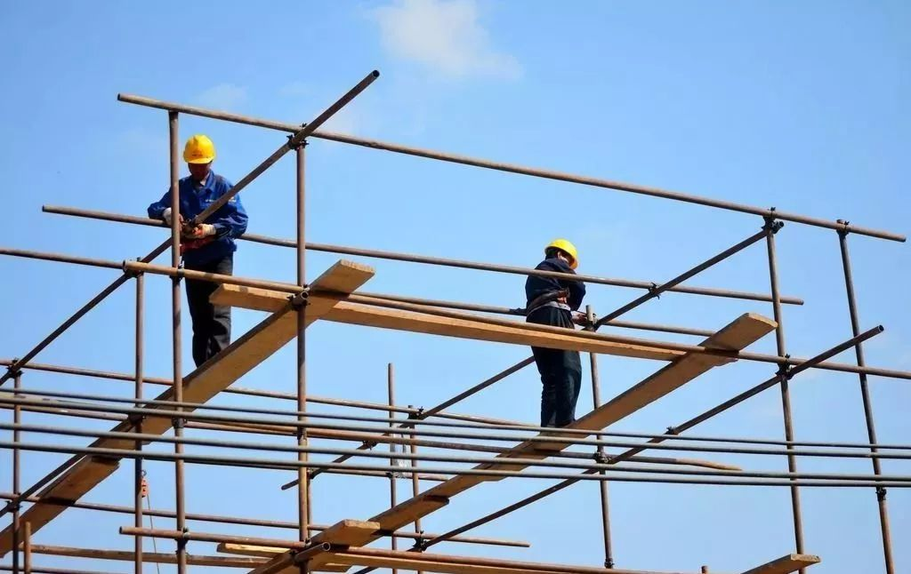 修订《建筑法》势在必行!要加强对建设单位的约束及处罚_2