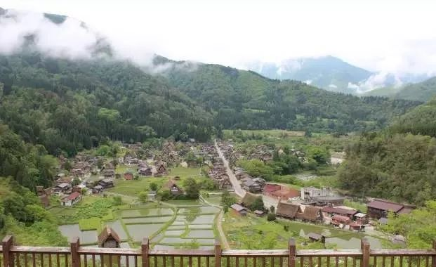 10个日本最美小镇_6