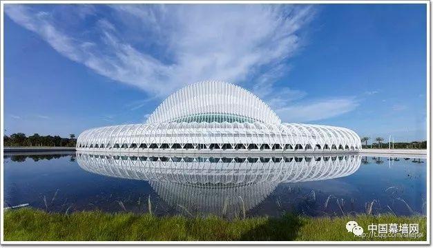 """[工程]一座会""""飞""""的钢结构建筑,Florida理工学院创新科技教学"""