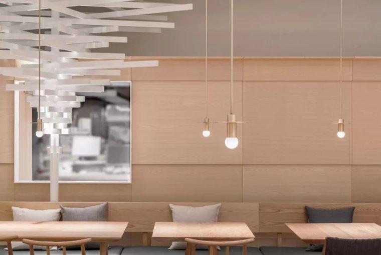 将餐厅打造成一个极具创意的艺术馆,如何?
