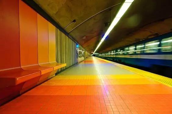 世界最美地铁景观,美到让你不想回家_30