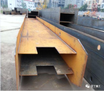 地下连续墙施工过程中,若锁口管被埋,该如何处理?_25