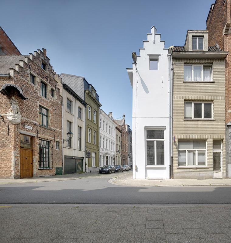 比利时一室小型酒店建筑外部实景图