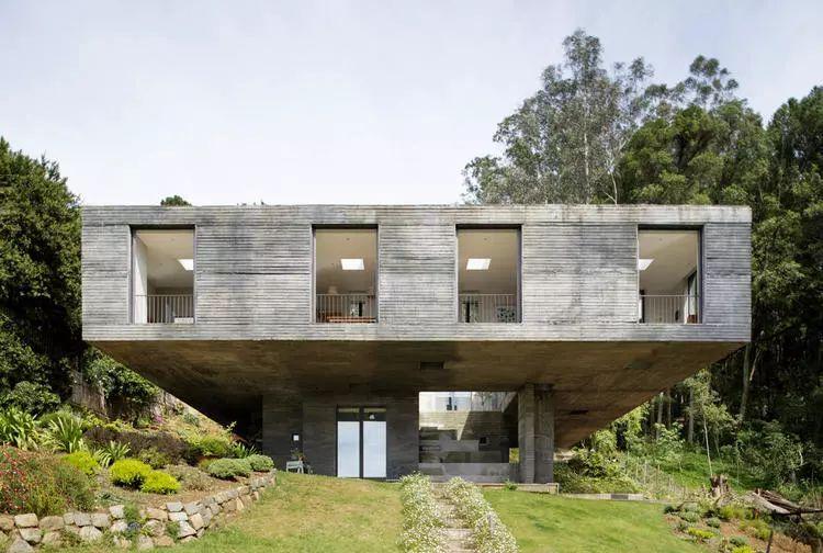 这个智利建筑事务所设计房子,几乎像是一场方形、圆形或其他元素_26