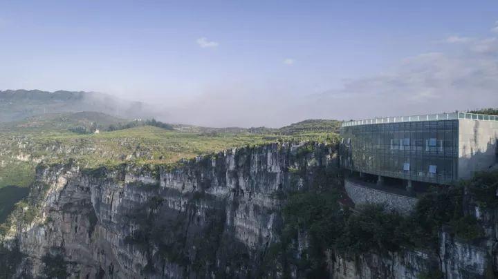 中国第一个百米崖壁上的美术馆!_5