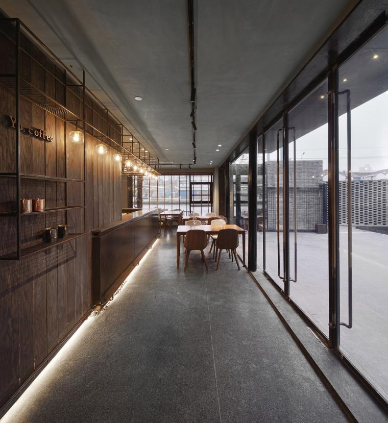 上海原招待所改造的新中式渝舍印象酒店内部实景图 (4)