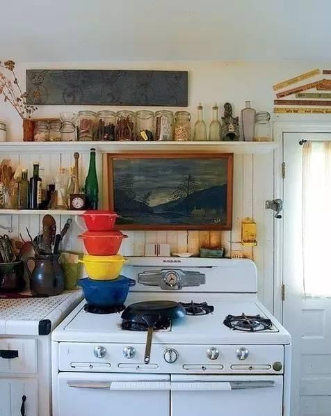 u型厨房橱柜效果图资料下载-告别效果图的冰冷 这些厨房充满了生活气息!
