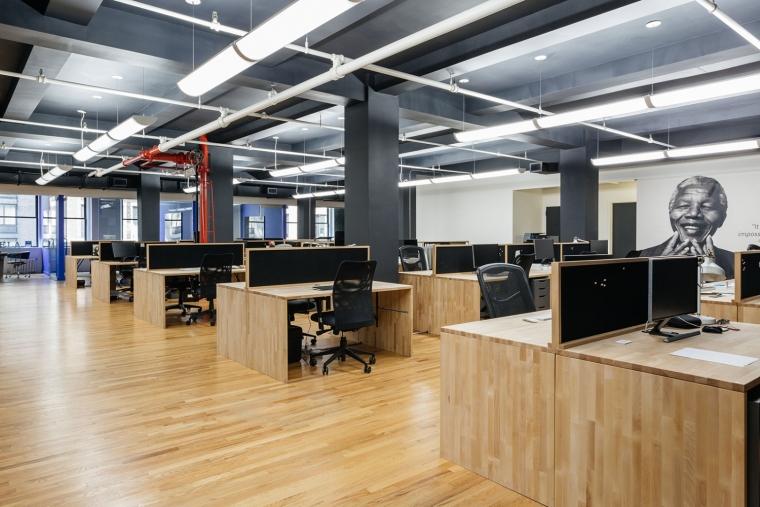 it公司办公室设计资料下载-美国Andela公司办公室