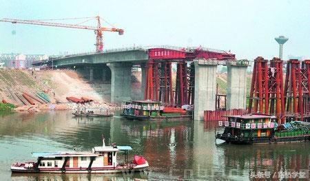 「梁桥就地浇筑」连续梁顶推法施工