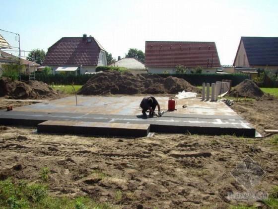 钢筋混凝土筏板基础工程施工技术交底