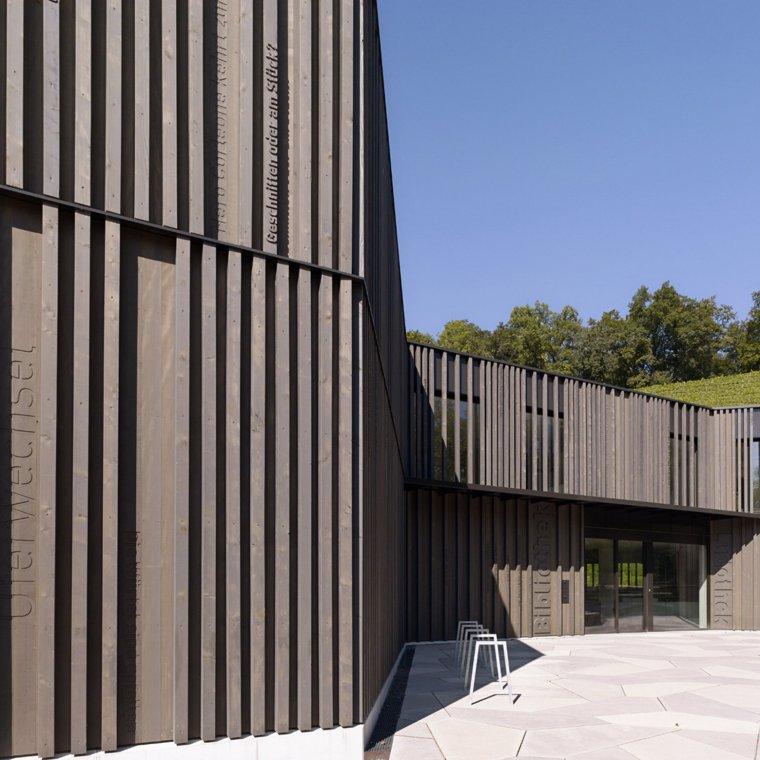 瑞士图书馆和市政府_7