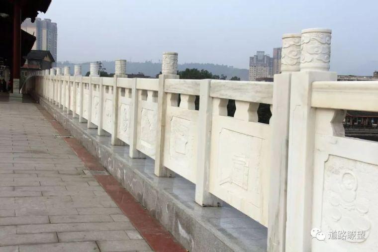 由重庆万州二桥公交坠桥引发的伟德栏杆防撞思考!_18