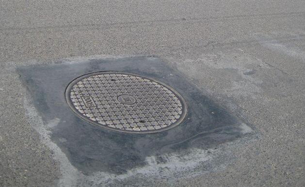 市政检查井周边路面破损、沉陷、井盖位移、坠落防治的技术措施