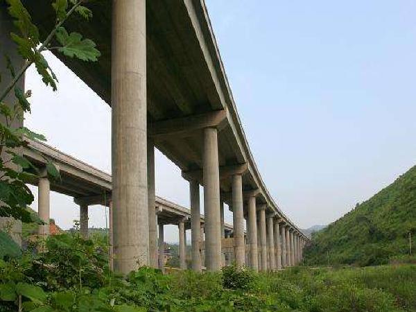 高架桥下部结构施工工艺