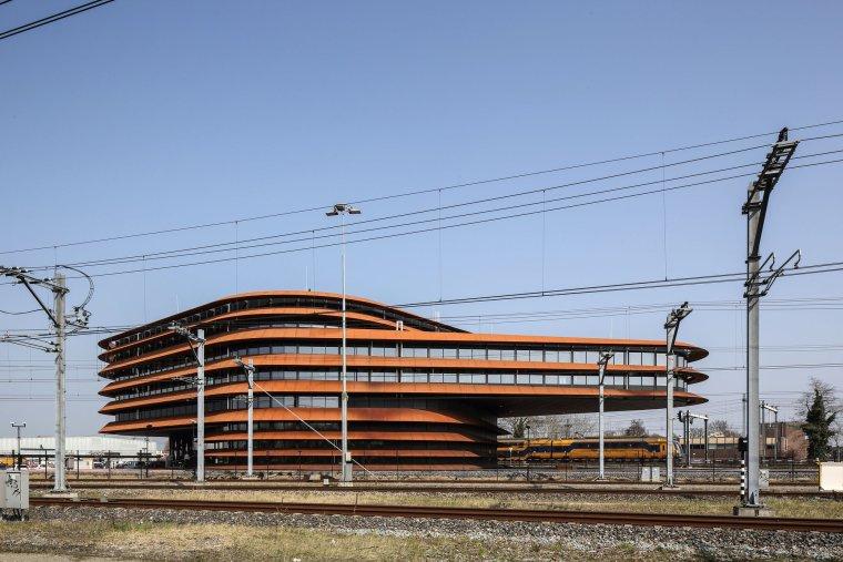 荷兰乌特勒支列车控制中心大楼_5