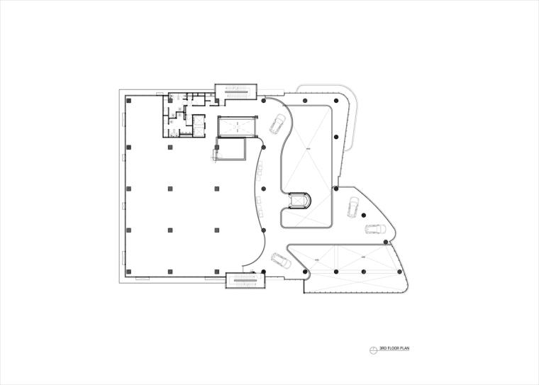 九转回环、流畅现代的车展大厅及办公楼设计_10