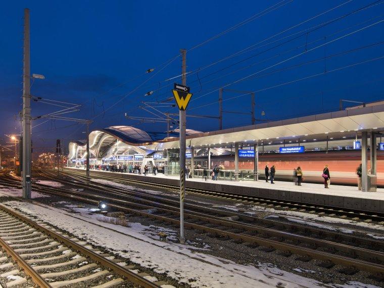 奥地利格拉茨火车站重建_10
