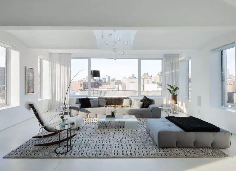 两室一厅ppt资料下载-改造149㎡ 两室一厅的顶层公寓,利用屋顶做泳池秒变大豪宅