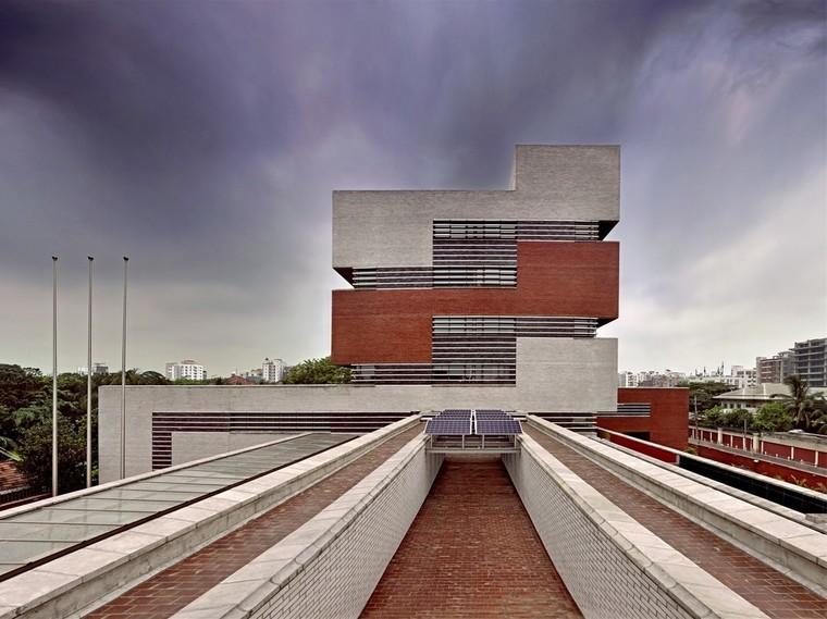 四川高层住宅楼水电安装工程施工组织设计