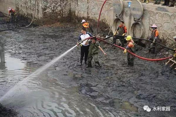 广州107人因治水不力被问责,力争今年底基本消除黑臭河涌