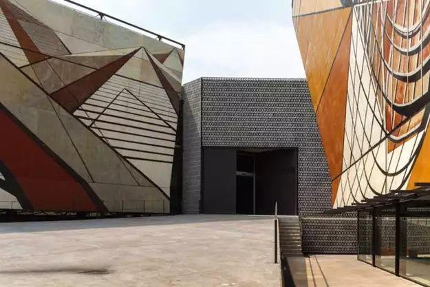 墨西哥充满活力的建筑场景_9