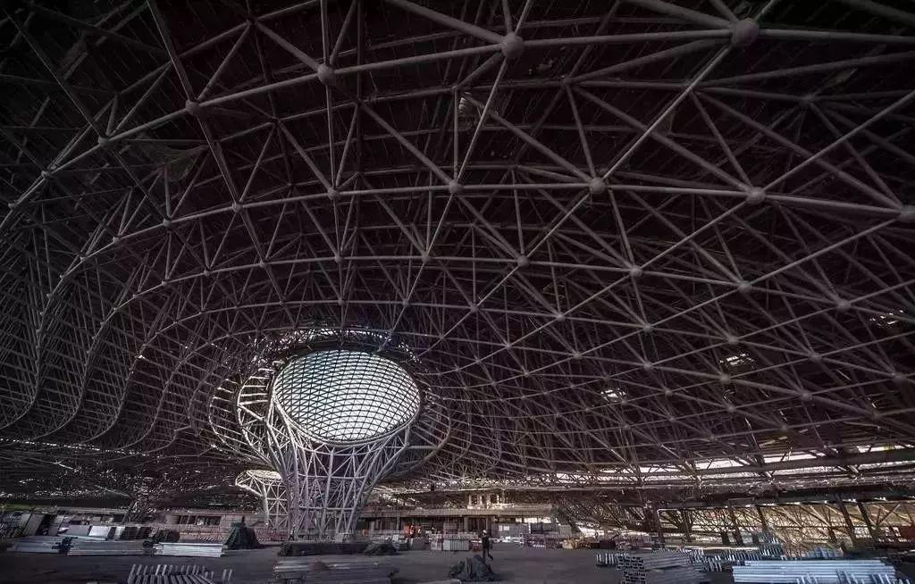"""中国最""""魔幻""""的北京大兴国际机场试飞了!黑科技满满…_30"""