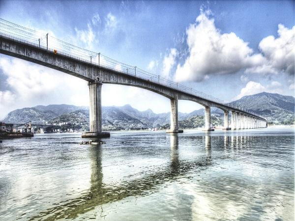 桥梁工程毕业设计40+64+40连续梁桥