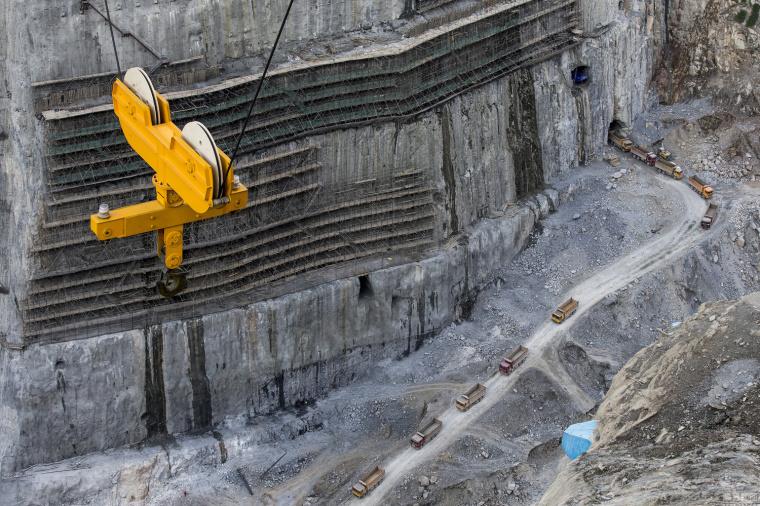 航拍金沙江世界级水电工程,形成水库群_8