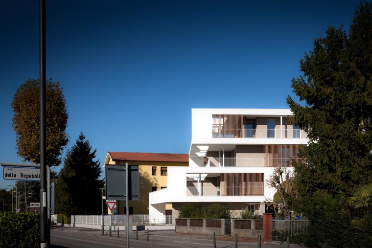 意大利Zeta集合住宅-9