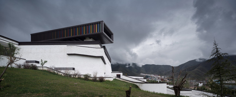 005-tibet-intangible-cultural-heritage-museum-by-shenzhen-huahui-design-co-ltd