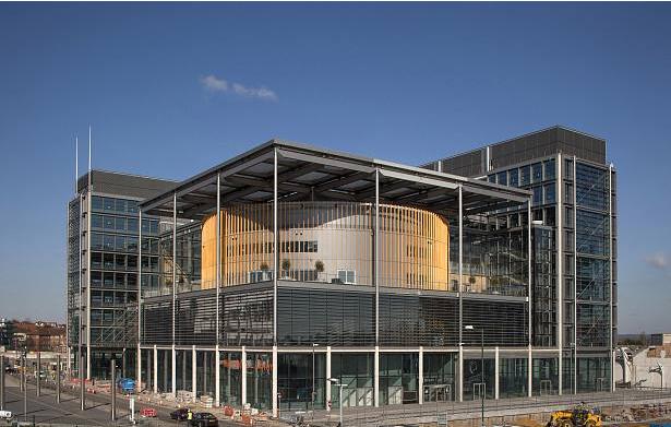 50000平综合性公共建筑暖通空调工程方案设计