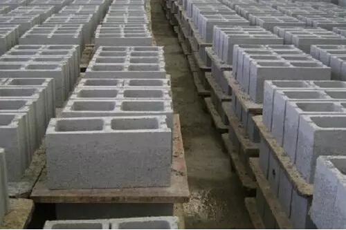 蒸压砂加气混凝土砌块砌体裂缝分析