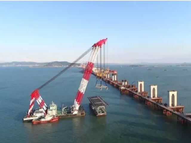 中国首座跨海峡公铁两用大桥完成桩基施工_6