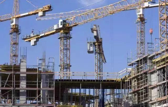 最新工程施工承包价格明细,塔吊占了8%
