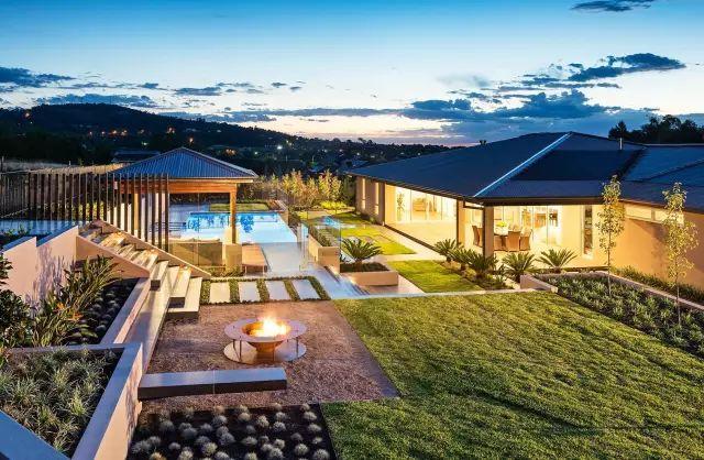 赶紧收藏!21个最美现代风格庭院设计案例_46